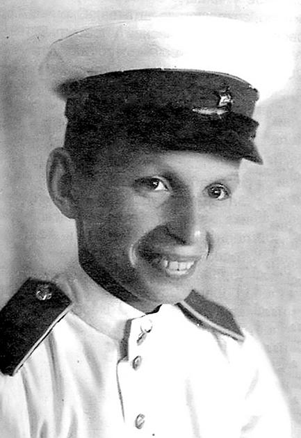 Лев Александрович Николаев