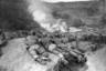 Солдаты боевого отряда 187-го пехотного полка армии США ведут бои после высадки в районе городов Сукчхона и Сунчхона. Северная Корея, 20 октября 1950 года.