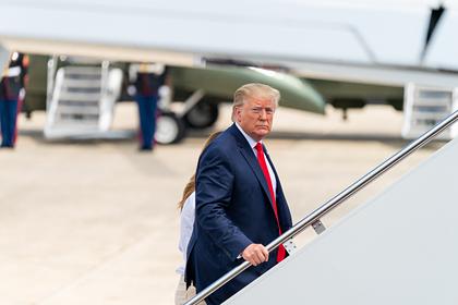 Трамп расторгнул торговую сделку с Китаем