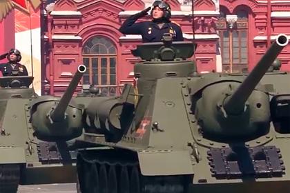 На Красную площадь выехали танки