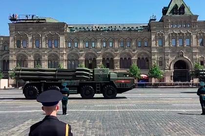 Российские военные показали новые «Панцири» и «Торнадо» на параде Победы