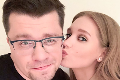 Харламов отреагировал на сообщение о фейковом разводе с Асмус