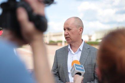 Еще один соперник Лукашенко подал документы в ЦИК