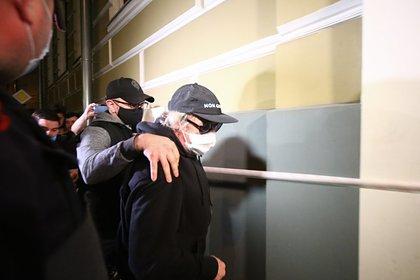 Адвокат заявил о готовности Ефремова усыновить детей из семьи Захарова
