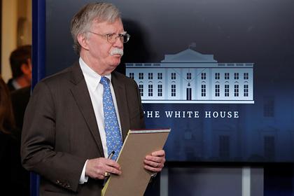 Трампа обвинили в игнорировании ранних предупреждений о коронавирусе