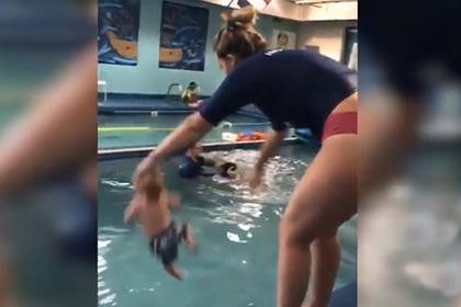 Бросившая младенца в бассейн инструктор объяснилась
