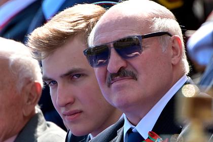 Красота 15-летнего сына Лукашенко на параде Победы привлекла внимание россиянок