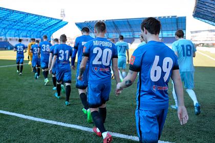 В еще одном российском футбольном клубе выявили вспышку коронавируса