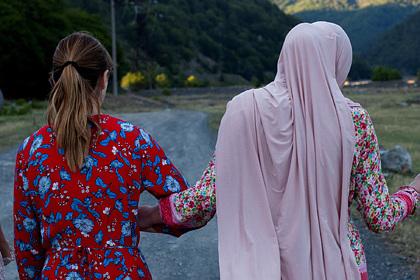 Бисексуальная атеистка из Чечни рассказала о пережитом насилии