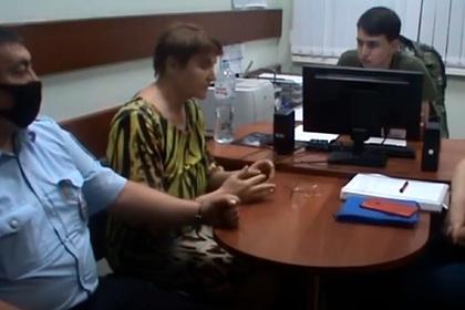 Замуровавшая 12-летнего сына в бетон россиянка рассказала об убийстве