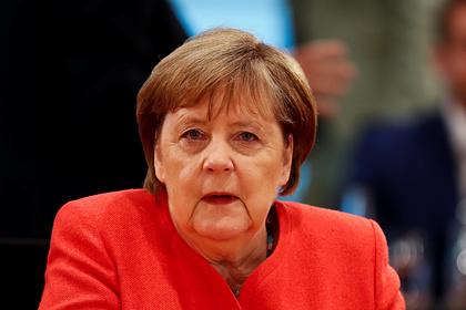 Меркель призвала Европу задуматься о мире без лидерства США