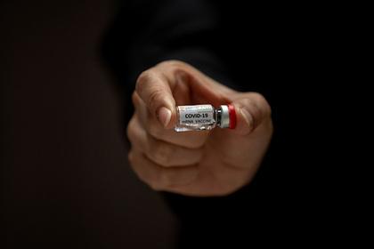 Описано тестирование вакцины от коронавируса на добровольцах
