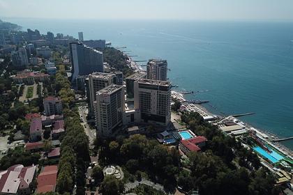 Богатые россияне отправились отдыхать на Черное море и взвинтили цены на отели