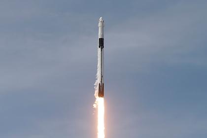 Астронавт порассуждал о «болтающихся» в открытом космосе туристах
