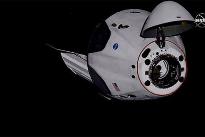 «Роскосмос» назвал небезопасным Crew Dragon