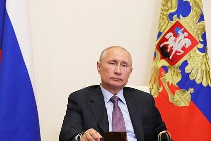 Путин понадеялся на минимальные потери экономики от коронавируса