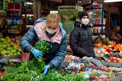 Россиянам назвали провоцирующие старение продукты