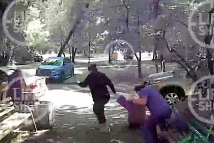 Момент взрыва в жилом доме в Москве попал на видео