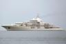 Владельцем величественной суперъяхты Dubai стал премьер-министр ОАЭ Мохаммед ибн Рашид Аль Мактум — 162-метровое приобретение стоило ему 400 миллионов долларов. Третью по величине яхту в мире построили на верфях Blohm + Voss и Lurssen, а внутреннее и внешнее оснащение завершили на Platinum Yachts.