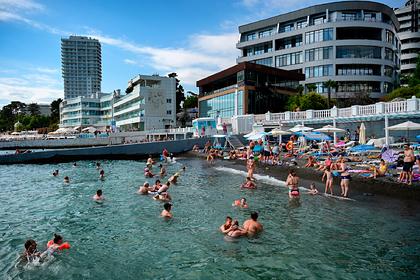 На российских курортах зафиксировали аномальную температуру воды