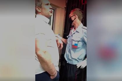 Сотрудника Генпрокуратуры уволили после нападения на полицейских