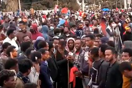 Эфиопский бунт после убийства популярного певца привел к расстрелу протестующих