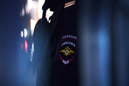 Российские полицейские развлеклись в кафе во время изоляции и попались