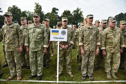Украина усилила боеспособность войск у границ с Крымом