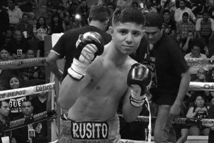 Непобежденный боксер умер в 21 год