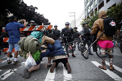 Зачистку «автономной зоны» протестующих американцев показали на видео