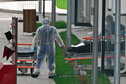 Число умерших россиян с коронавирусом превысило 9,6 тысячи