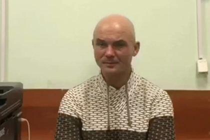 Бросившего двоих детей в аэропорту Шерметьево россиянина отправили под суд