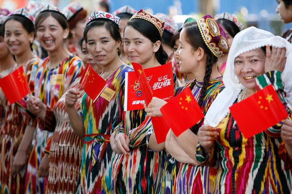 Китай заподозрили в планах стерилизовать уйгурских женщин