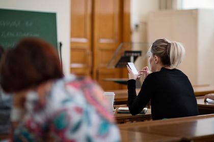 Названо условие переноса учебного года в российских вузах