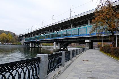 В Москве-реке нашли тело новорожденного