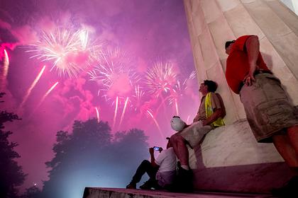 На самый главный праздник в США разрешат приходить без масок