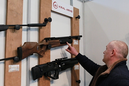 Россиянам усложнят покупку оружия