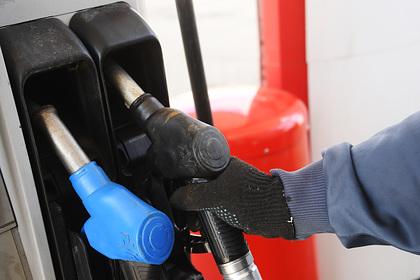 Россиян призвали не переживать о росте цен на бензин