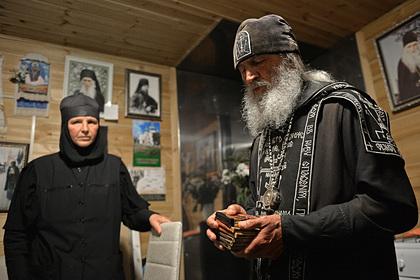 Раскрыты подробности жизни детей в монастыре опального священника