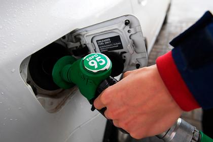 Цена на бензин в России опять побила рекорд