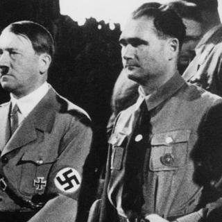 Адольф Гитлер и Рудольф Гесс
