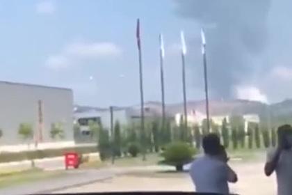 Около ста человек пострадали от взрыва на фабрике фейерверков в Турции