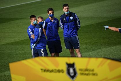 Клубу РПЛ засчитали поражение из-за вспышки коронавируса в команде