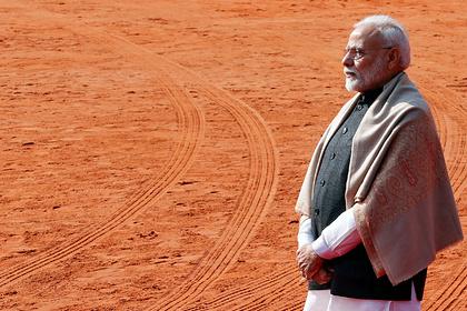 Премьер-министр Индии неожиданно посетил спорную территорию на границе с Китаем