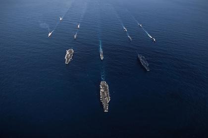 США направили авианосцы в район военных учений Китая