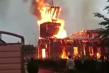 В российском селе за час сгорела церковь XIX века