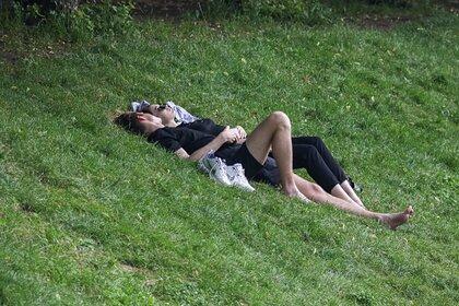 Сексолог раскрыла признаки склонных к изменам партнеров
