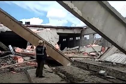 Тела троих погибших извлекли из-под завалов ТЦ в российском городе