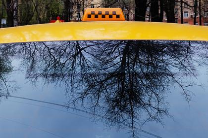 Российский таксист покончил с собой посреди улицы
