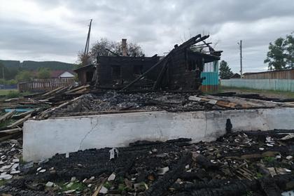 Россияне хотели ограбить офис микрозаймов и сожгли сельскую администрацию